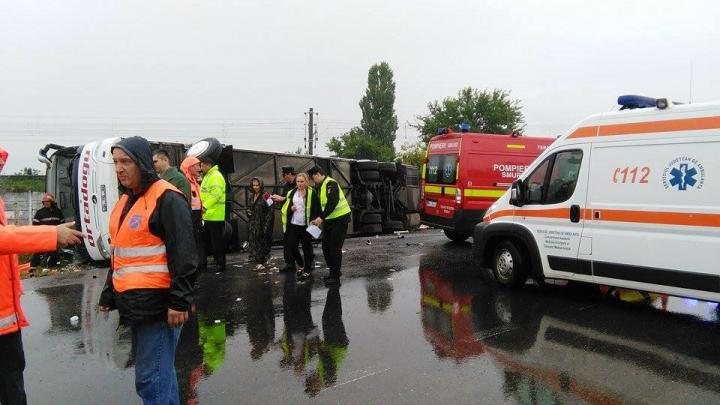 Şoferul autocarului implicat în accidentul de la Brăila, REŢINUT pentru 24 de ore