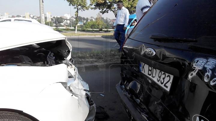 Trei şoferi au fugit după ce au provocat accidente. Toţi riscă o PEDEAPSĂ ASPRĂ