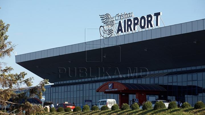 Un avion de pe cursa Chişinău-Verona a aterizat de urgenţă pe Aeroportul Internaţional Chişinău