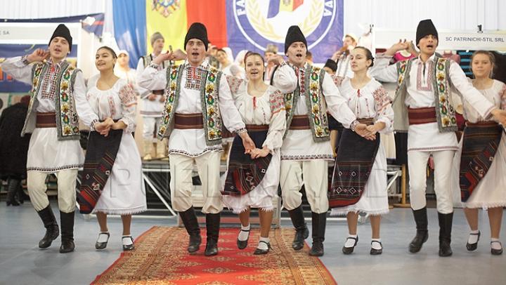 APROBAT! Ce se va sărbători în Moldova, anual, în a patra duminică din luna iunie
