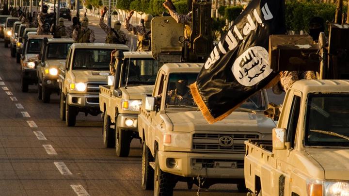 Statul Islamic a cucerit cinci sate aflate în apropiere de graniţa cu Turcia