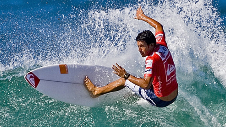 Jeremy Flores a câştigat etapa a şaptea a Campionatului Mondial de surfing