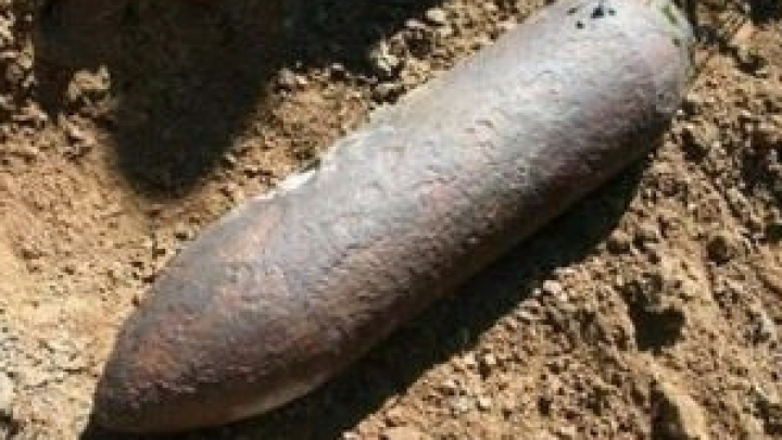 INCREDIBIL! Ce a găsit un bărbat din Truşeni în urma unor săpături în gospodărie