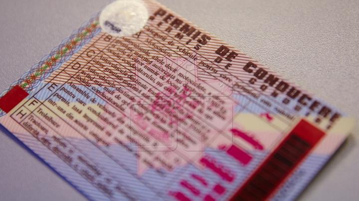 Ghinion la frontieră! Motivul pentru care un român a rămas fără permisul de conducere moldovenesc