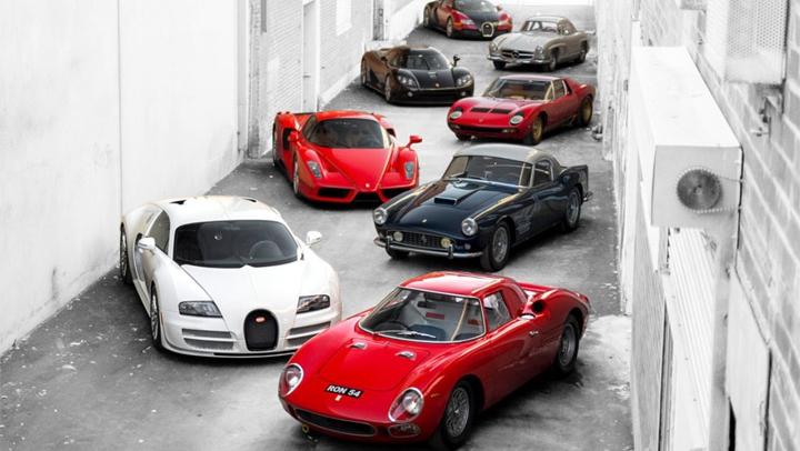 (VIDEO) O colecție de 25 de mașini a fost vândută pentru o SUMĂ RECORD