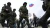 Militari ucraineni, reţinuţi în Crimeea. De ce sunt suspectaţi soldaţii