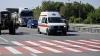 Transportat de urgenţă la spital. Un bărbat a căzut în gol de la etajul cinci al unui bloc de locuit