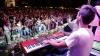 Din cauza presiunilor politice, mai mulţi artişti au refuzat să vină la concertele din Chişinău şi Orhei
