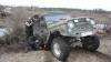 FINAL INCREDIBIL! Cum s-a terminat o încercare de tractare a unui automobil împotmolit (VIDEO)