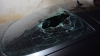 Dimineaţă cu ghinion pentru un şofer! Ce a pățit după ce și-a parcat mașina în curtea blocului (VIDEO)