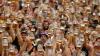 UIMITOR! Câţi litri de bere s-au turnat în halbe în primele două zile ale festivalului Oktoberfest