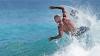 Legenda surfului mondial, Kelly Slater, a fost eliminat de la Campionatului Mondial