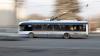 ZIUA-N AMIAZA MARE! Ce face o tânără într-un troleibuz din Chişinău. Pasagerii au fost şocaţi (VIDEO)