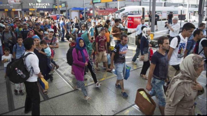 ÎN FINAL! Primul tren cu 167 de refugiaţi plecaţi din Austria a ajuns în Germania