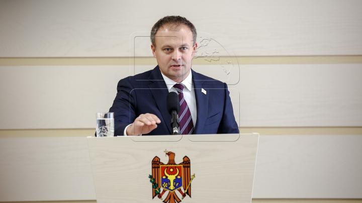 Candu: Cineva a început să transpire la auzul declaraţiei privind venirea unui procuror DNA la Chişinău