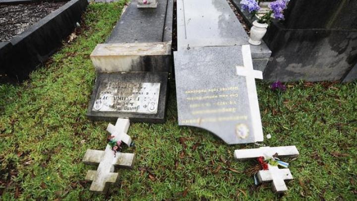 Vandalii au profanat mormintele soldaţilor sovietici. Moscova cere explicaţii