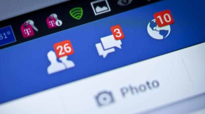 Facebook, acţionat în judecată! Ce l-a supărat pe un tată din Irlanda de Nord