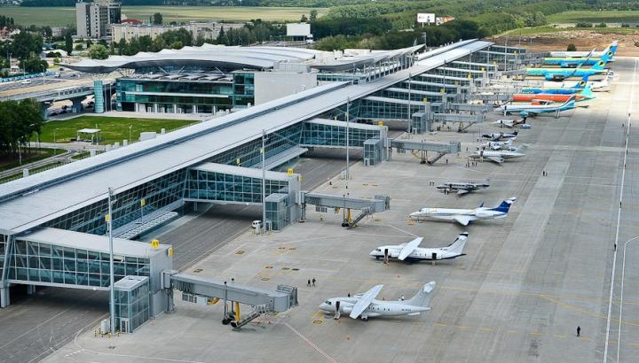 Ucraina îşi închide spaţiul aerian pentru două companii din Rusia! Motivul invocat de autorităţi