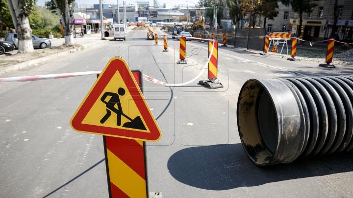 Lucrările de construcţie pe bulevardul Negruzzi, prelungite. Cum va fi redirecţionat transportul public