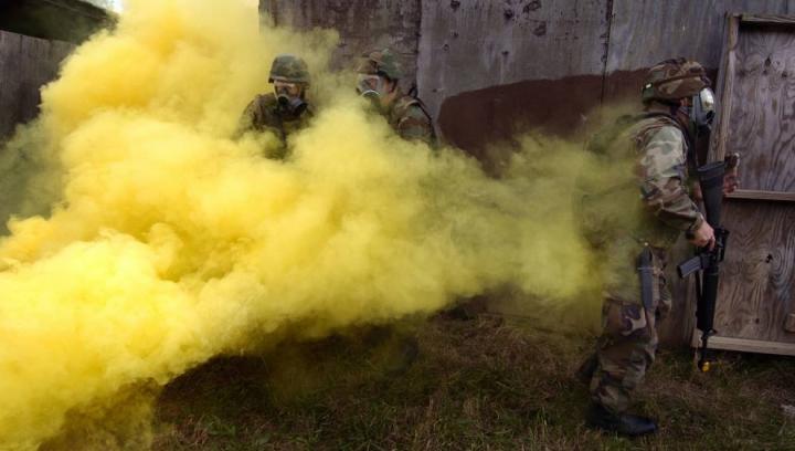 SUA suspectează Statul Islamic că produce și folosește arme chimice în Irak și Siria