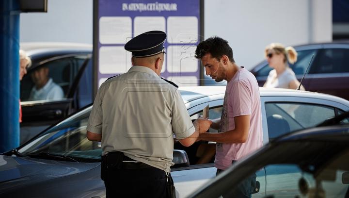 Tânăr şi neliniştit! MOTIVUL pentru care un moldovean a fost oprit de poliţiştii de frontieră (FOTO)