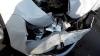 Trei maşini s-au ciocnit pe strada Grenoble. În urma impactului un microbuzul s-a răsturnat (VIDEO)
