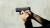 INCREDIBIL! A fost inventat pistolul care te apără, dar nu omoară (FOTO)