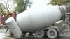 Betonieră răsturnată în mijlocul drumului. Explicaţiile şoferului (VIDEO)