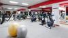 Sală de fitness la sat? Ce spun oamenii din Răzeni despre ambiţiile unei tinere de 19 ani (VIDEO)