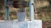 STRIGĂTE DE AJUTOR! O femeie din Teleneşti a căzut într-o fântână adâncă