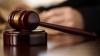 Un magistrat şi patru angajaţi de la Judecătoria Râşcani, pe banca acuzaţilor. Ce pedeapsă riscă