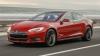 Mașinile Tesla primesc un update care le face aproape autonome