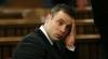 Atletul Oscar Pistorius a fost eliberat condiţionat din închisoare