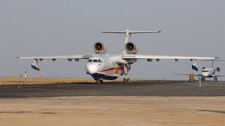 Rusia, tot mai implicată în problemele altor state! MOTIVUL pentru care a trimis două avioane în Indonezia