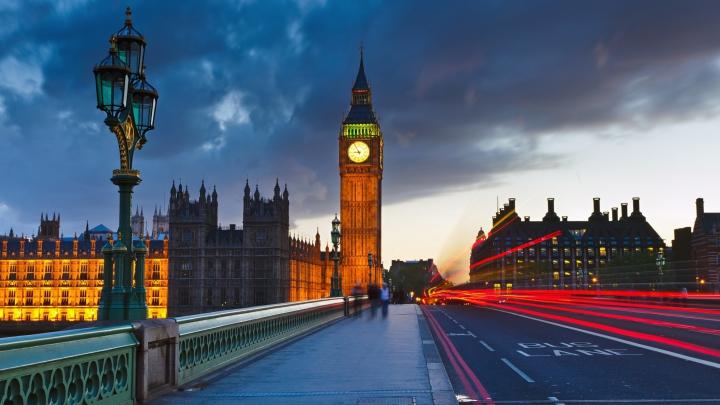 Big Ben a CEDAT! Autorităţile de la Londra sunt în ALERTĂ