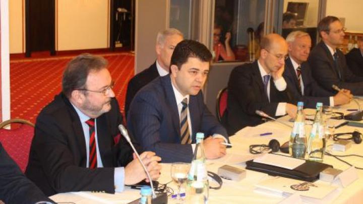 Dialog la conferinţa bavareză: Tiraspolul, încântat de anularea unor restricţii impuse de Chişinău