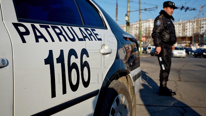 6.999 de încălcări înregistrate într-o săptămână. Inspectorii de patrulare au oprit şoferi şi pietoni