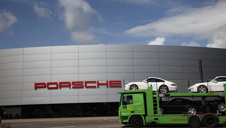 Porsche REACŢIONEAZĂ! Care este răspunsul companiei la acuzaţiile aduse de fiica lui Paul Walker