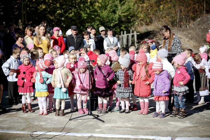 Bucurie pentru copiii din Feşteliţa, Ştefan Vodă. Grădiniţa le-a fost reparată (GALERIE FOTO)