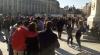 Marş de comemorare la Bucureşti. CIRCA ŞAŞE MII de persoane s-au adunat în Piaţa Universităţii (VIDEO)