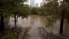 Inundații de proporţii în Texas: Sute de sinistraţi, case distruse şi automobile avariate (VIDEO)