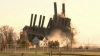 MOMENTUL în care o centrală electrică veche de peste 70 de ani se preface într-un nor de praf (VIDEO)