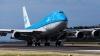 FINAL TRAGIC pentru o pasăre care a neglijat gabaritul unui Boeing (VIDEO)