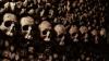 ÎNFRICOŞĂTOR! Un bărbat şi mama sa au petrecut Halloween-ul în cel mai mare mormânt din lume (VIDEO)
