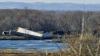 ACCIDENT FEROVIAR: Un marfar cu 32 de vagoane a deraiat de pe şine (VIDEO)