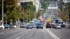 Un şofer încalcă flagrant regulile circulaţiei rutiere. Cum a fost surprins pe strada Albişoara (VIDEO)