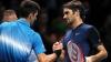 Roger Federer l-a bătut pe Novak Djokovic şi merge în semifinalele turneului de la Londra