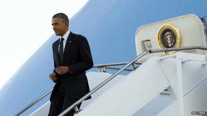 MOMENTUL în care navele aeriene ale preşedinţilor Putin şi Obama aterizează în Antalya (VIDEO)