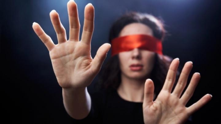 Ziua Internațională a Nevăzătorilor: Nouă mii de persoane din Moldova au deficiențe de vedere