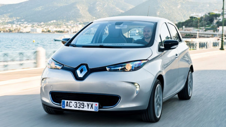 Vânzările de maşini electrice vor ajunge peste 10 ani la jumătate din cele înregistrate de Volkswagen